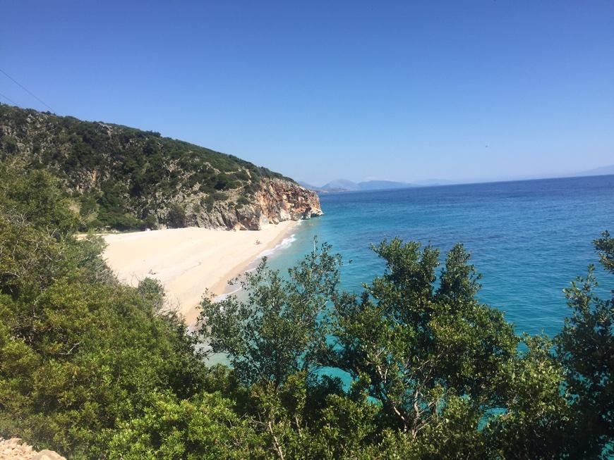 Albanien Strand Nähe zu Himarae